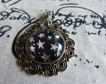 Stars - pendant with motif from magazine/catalog