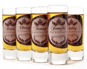 Gifts for Bridesmaids // 10 Personalized Shot Glasses for your Bridesmaid or Maid of Honor