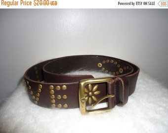 ON SALE 1970's Dark Brown Leather Grommetted Belt, Sz. M