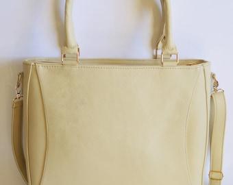 60% OFF! Creamy color leather handbag