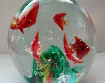 Dynasty Gallery Glass Paperweight Fish Aquarium - 4436