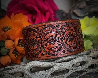 The Wave Leather Cuff