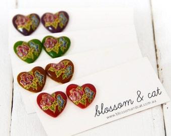 SALE! Vintage Glass Heart Stud Earrings
