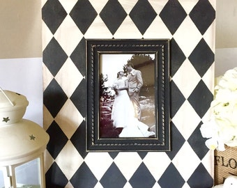 Shabby Chic Picture Frame in Black and White Harlequin - Distressed Frame