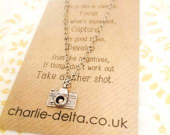Retro camera necklace - photographer necklace - camera chain necklace - photography gifts
