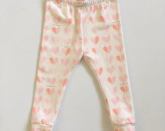 Infant/Toddler Knit Leggings-Pink Hearts