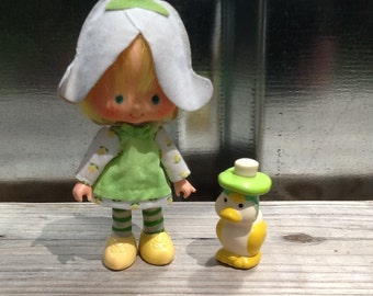 Mint Tulip w/ Marsh Mallard Vintage Strawberry Shortcake Doll