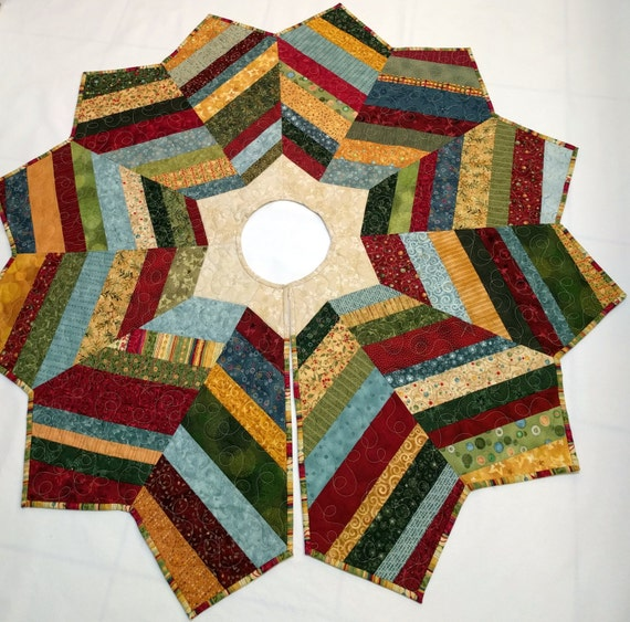 Christmas Tree Skirt String Pieced With Nancy Halvorsen