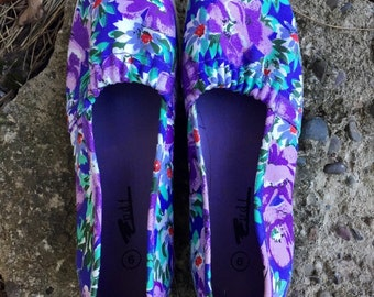 Vintage 80's-90's Basic Floral Canvas Slip on Shoes by pdf Women's Size US 9