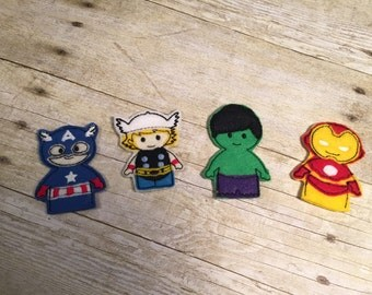 Set of 4 Finger Puppets Superhero