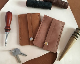 Leather key pouch personalized Leather key case Cognac brown leather keychain Leather key holder Leather house keeper Personalized gift