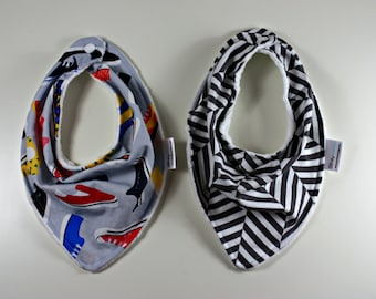 Shoe and grey and white scarf bib duo