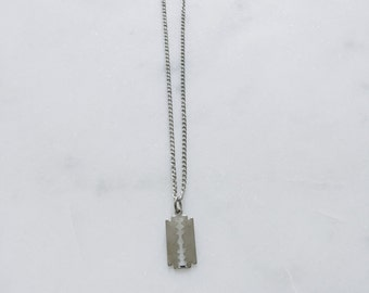 90's Vintage Silver Mini Razor Blade Necklace 18 inches Dead Stock