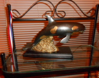 Metal art Breaching Orca Killer Whale 12 in L  8 in H 4 in W