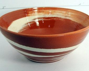 Small swirl bowl