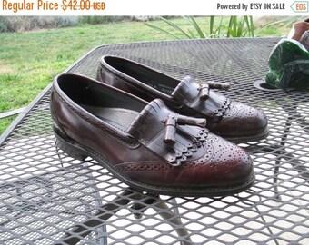 ON SALE Vintage Leather Men's Dexter Shoes - Pristine Condtion - Mint with Dexter Stamps on Bottom  - Size 10