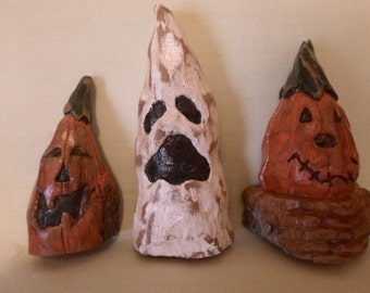 HAND CARVED Whimsical cottonwood bark halloween set of ghosts and pumpkins carved from 100 year old montana cottonwood
