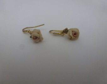Vintage 1928 Rose Earrings/Elegant/Classic (16042)