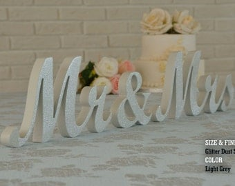 mr and mrs, mr and mrs sign, mr and mrs wall decor, mr and mrs table sign, mr and mrs wedding gift