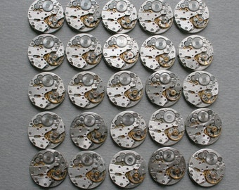 "6/8"". Set of 25 Vintage Watch movements,steampunk parts."