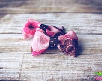 "SALE Pink Flower Print Hair Bows, Baby Toddler Hair Bows, Ribbon Hair Bows, Hair Clips, 2.5"" Hair Bows, Pigtail Hair Bows, Girls Hair Bows"