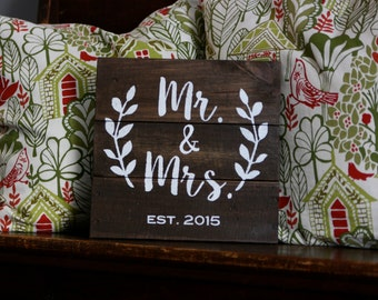 Mr. & Mrs. wedding sign / gift