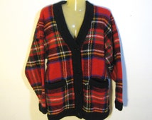 vintage plaid cardigan. Large oversized. red black blue green yellow. front pockets, button close. L large vintage sweater.