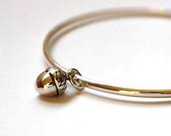 Acorn Bracelet - Sterling Siver Acorn bangle - Woodland Jewellery - Autumn bracelet - Nature Bracelet