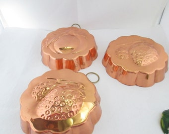 3 Copper and Brass Molds with Hangers Copper Fruit Molds Hanging Kitchen Molds Retro Copper Kitchen Decor Food Molds Copper Molds Jello Mold