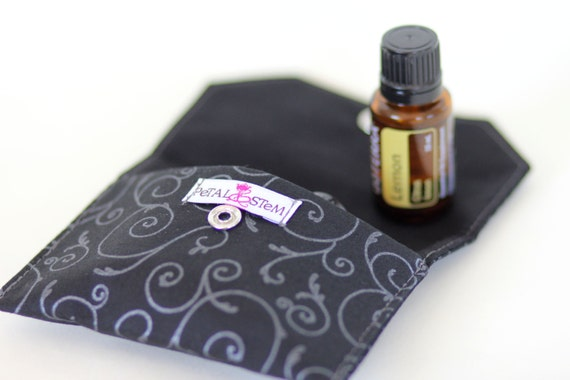 Essential Oil Bag for 3 bottles (15ml) black and silver