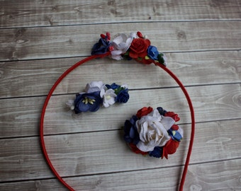 Small floral hair clip: Red, White & Navy Blue flowers adorn this hair clip made to match Well Dressed Wolf's Liberty Collection