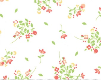 SUNDROPS, Corey Yoder, Moda Fabrics, 29011-11, White Floral, Sundrops fabric, Sundrops Collection, Little Miss Shabby