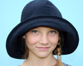 Womens fedora hat Black designer hat ZUTelle widebrim rain hat in Italian gaberdine