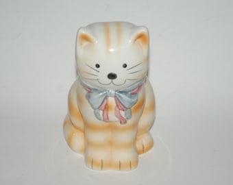 Adorable Vintage Ceramic Kitty Planter