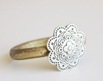 WOMEN BRACELET LEATHER bracelet. Bracelet pour femme. レディースブレスレット. Armband Frauen. Pulseira mulheres.
