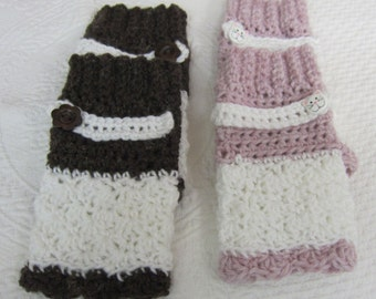 Fingerless Gloves,Texting Gloves,Pink and White Gloves,Brown and White Gloves,Fingerles,Gloves,Cat Button,Flower Button,Winter Fashion,Mitts