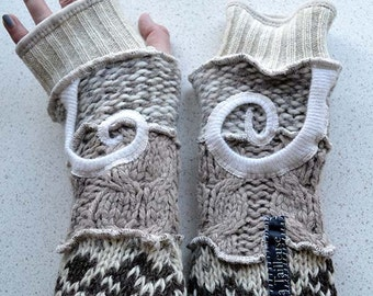 Katwise inspired lined Armwarmers / wristwarmer / fingerless glove sand-cable-swirls