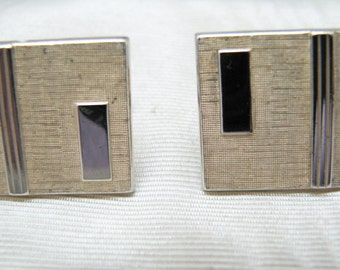 Handsome Vintage Gold Tone Swank Square Cuff Links