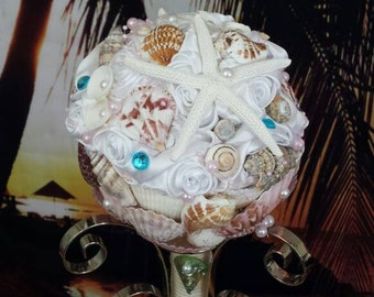 Seashell bouquet,beach wedding, mermaid bouquet,ocean theme bouquet, under the sea bouquet, beach wedding bouquet,starfish bouquet,seashells