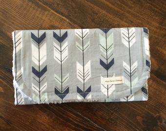 Arrow Burp Cloth, navy, gray, mint