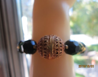 Handcrafted Genuine 84.00ctw Black Onyx Round Checkerboard & Agate Gold Vermeil Lucky Beaded Adjust Bracelet, Wt. 34.5 Grams