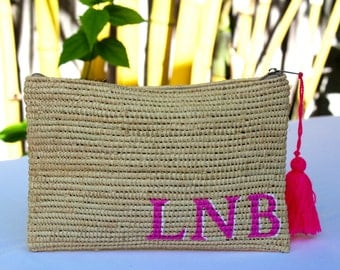 Monogrammed raffia clutch, personalized bag, bridesmaids customized gift, customized pouch,