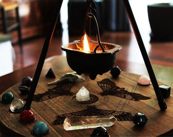 Pyramid Tri-Pod Cauldron Stand Magical Set