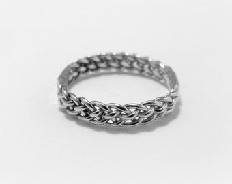 Silver quintet braided ring