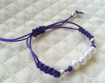 FREE SHIPPING : River pearls bracelet macrame knot type