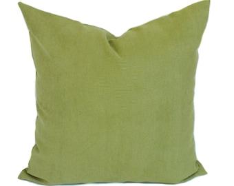 Green pillow, Decorative pillow cover, Throw pillow, Couch cushion, Sham, 12x20, 16x16, 12x22, 18x18, 20x20, 22x22, 24x24, 26x26