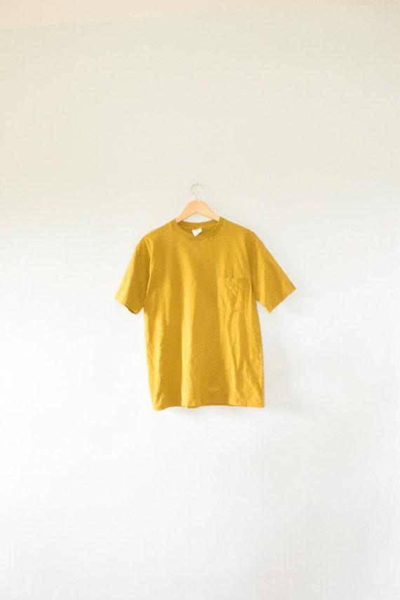 Gap pocket tee size adult medium 90s t shirt for Adult medium t shirt