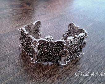 Old tribal silver bracelet. Ethnic bracelet. Ethnic jewelry