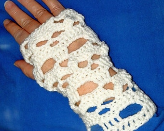Skulls Handwarmer Fingerless Gloves Gauntlets - Downloadable Crochet Pattern PDF