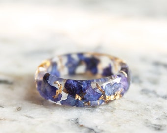 Faceted Eco Resin Ring With Natural Pressed Blue Flowers and Gold Flakes - Clear Nature Inspired Band - Stacking Ring